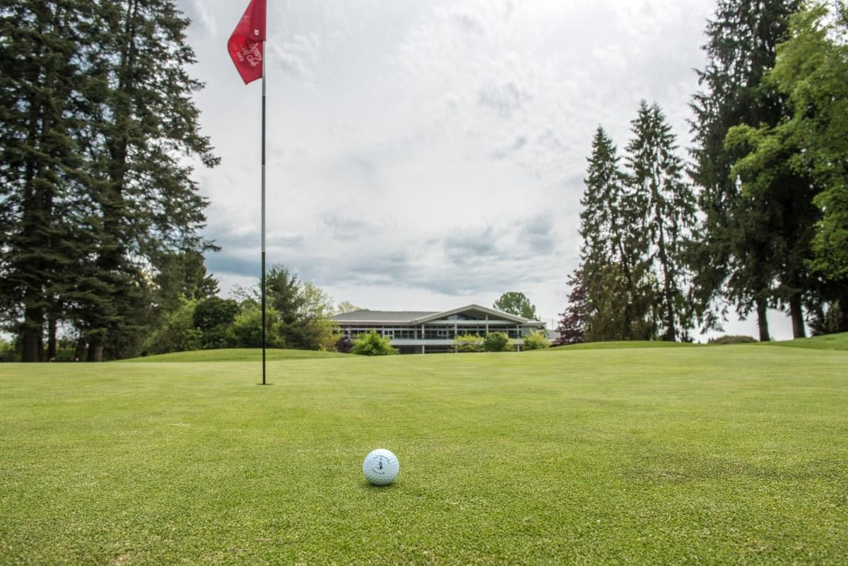 Pitt Meadows Golf Club Down 18